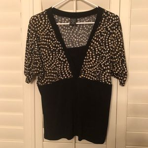 Tops - Black short sleeve top with brown polka dot design